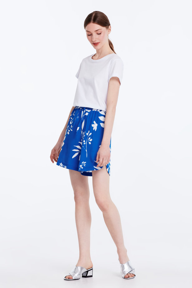 Blue shorts with white leaves photo 5 - MustHave online store