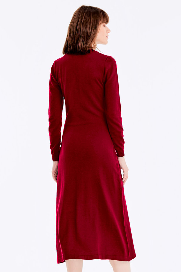 Red knit dress with buttons photo 6 - MustHave online store