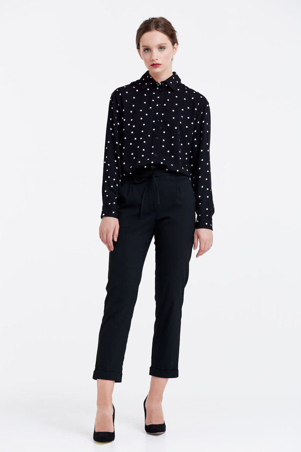 Black shirt with a white polka dot print photo 2 - MustHave online store