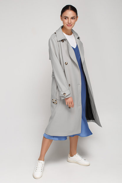 Grey trench coat below the knee with horn buttons