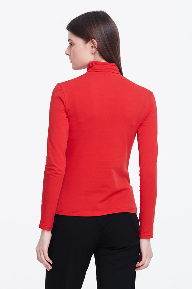 Red polo neck photo 3 - MustHave online store