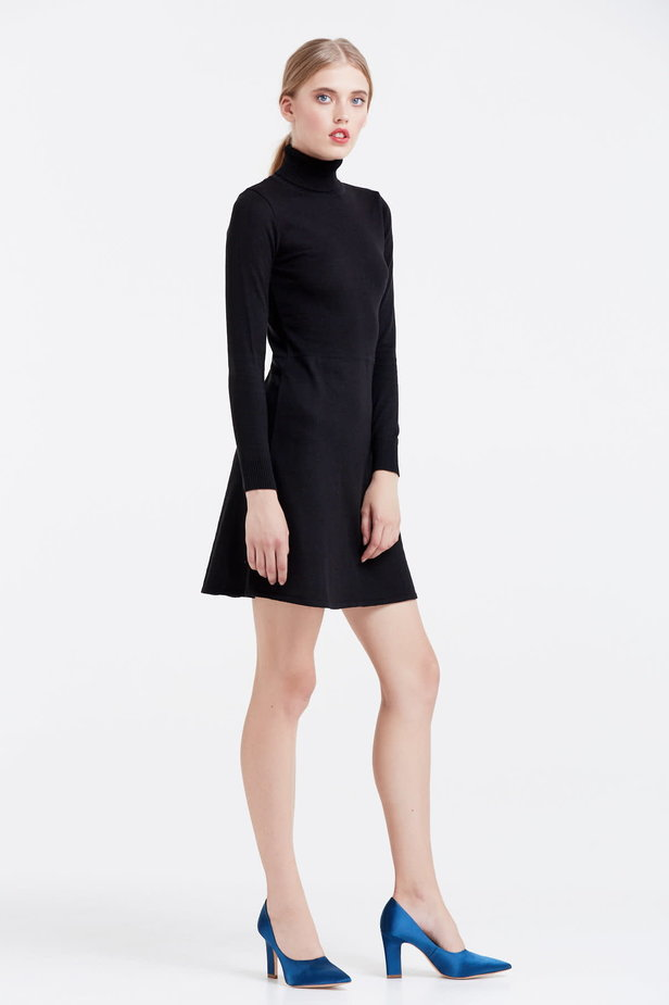 Black knitted dress photo 5 - MustHave online store