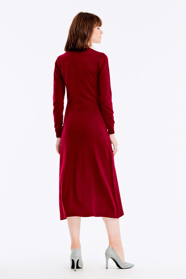 Red knit dress with buttons photo 5 - MustHave online store