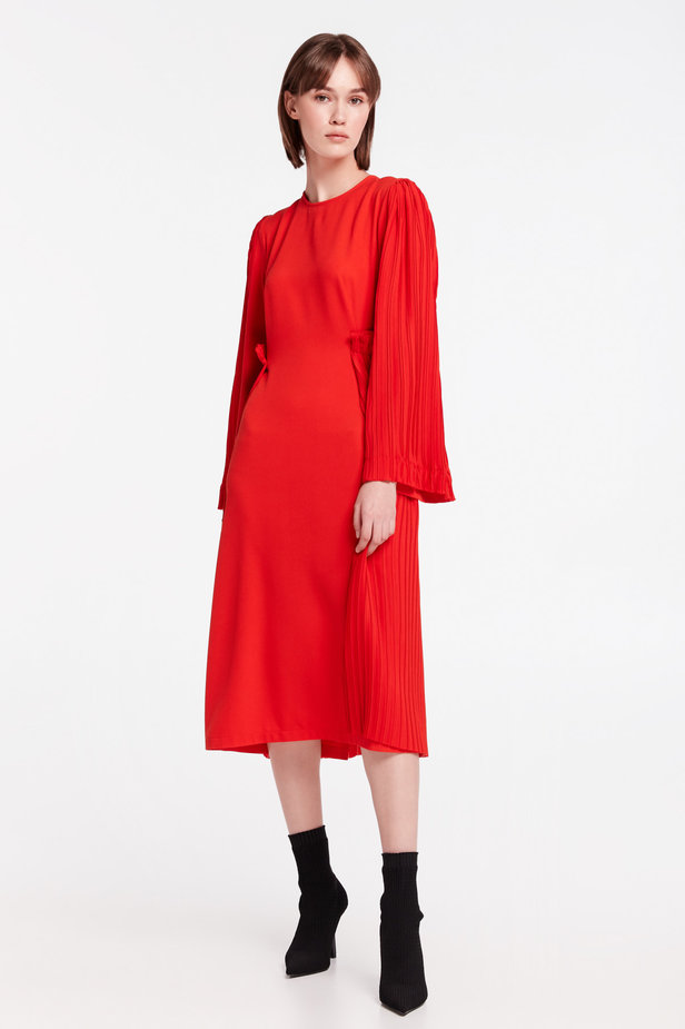 Red midi dress with pleats MUSTHAVE X LITKOVSKAYA photo 2 - MustHave online store