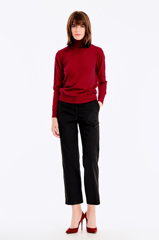 Red knit polo neck photo 2 - MustHave online store