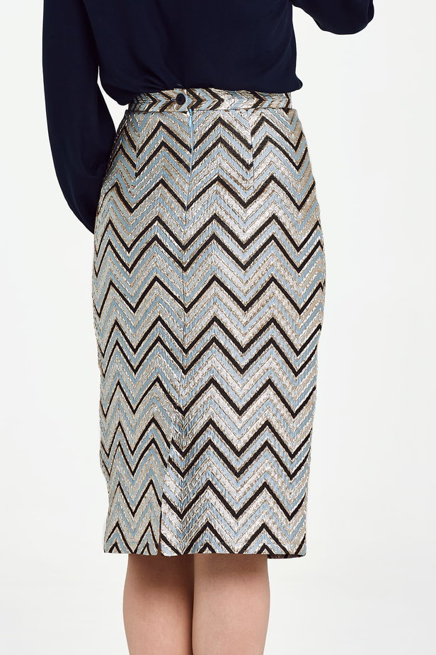 Blue skirt with black and gold zigzag below the knee photo 4 - MustHave online store