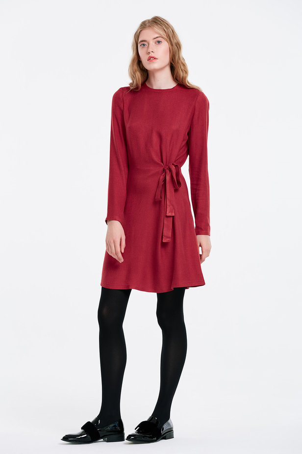 Red dress with ties photo 3 - MustHave online store