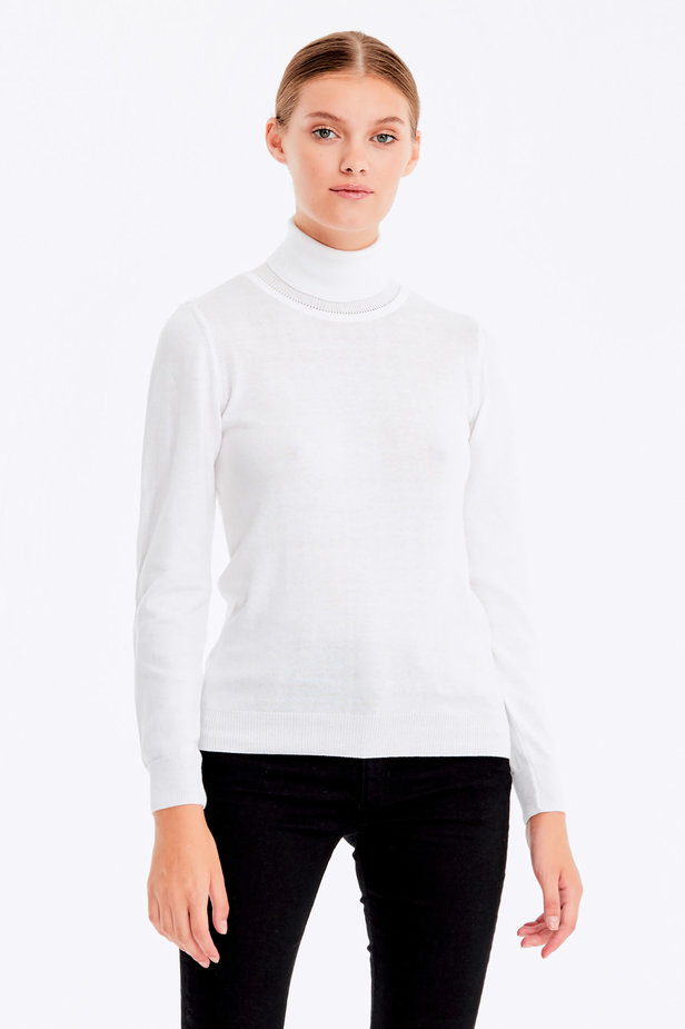 White polo neck with cotton photo 1 - MustHave online store