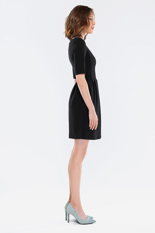 Black dress with folds photo 5 - MustHave online store