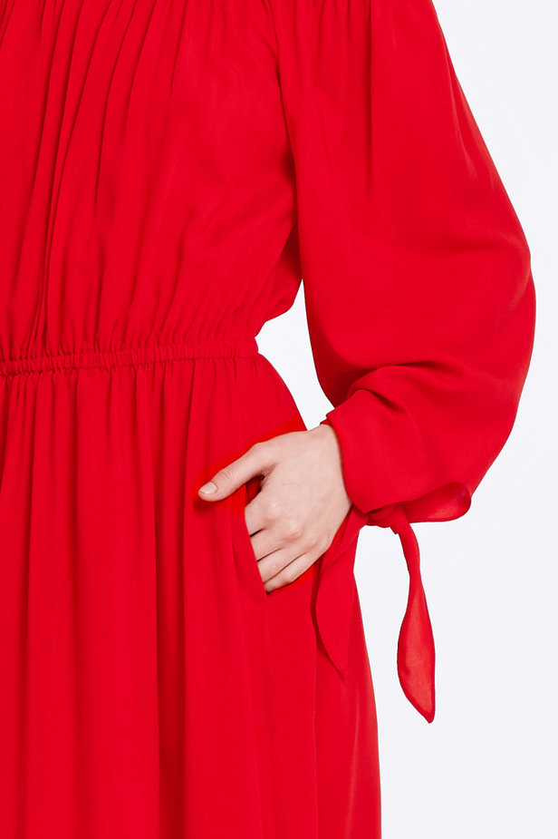 Off-shoulder red dress photo 4 - MustHave online store