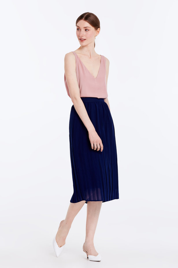 Below the knee pleated dark blue skirt photo 4 - MustHave online store