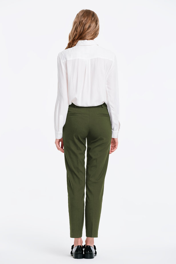 Short khaki trousers photo 4 - MustHave online store