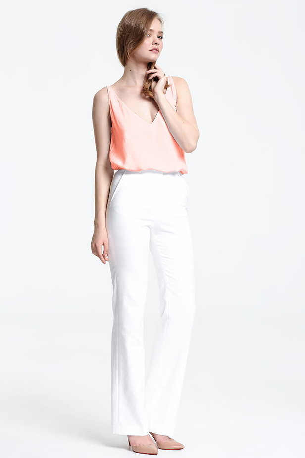Peach top with a low neckline photo 5 - MustHave online store