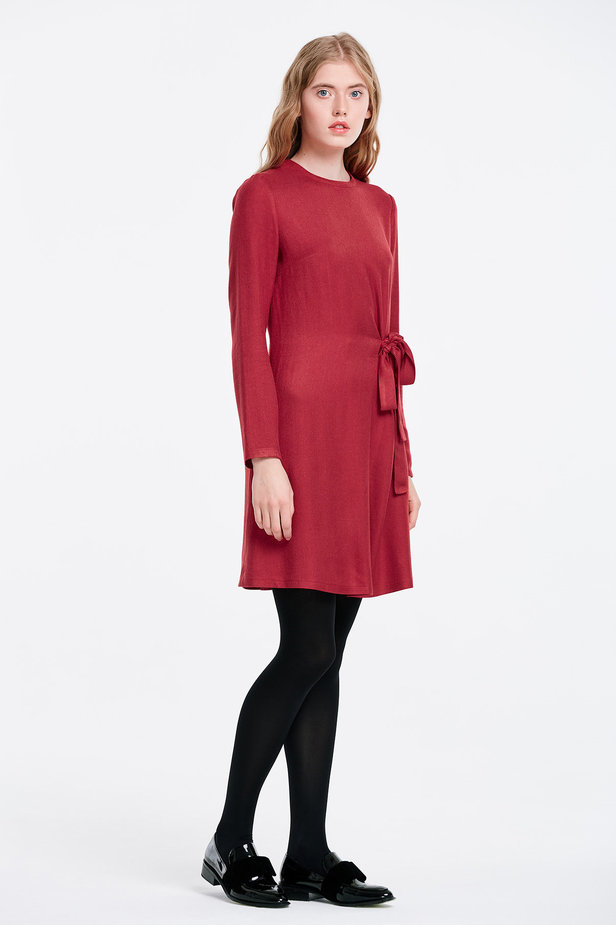 Red dress with ties photo 6 - MustHave online store