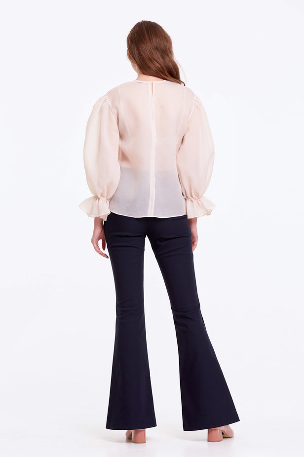 Beige organza blouse with balloon sleeves photo 6 - MustHave online store