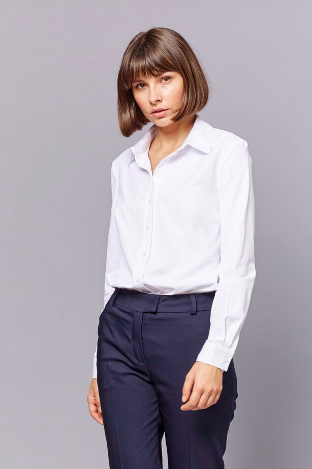 White straight-cut shirt