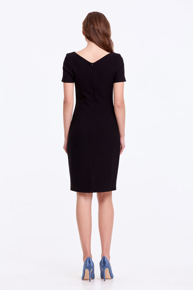 Column black dress with a V-shaped neckline photo 5 - MustHave online store