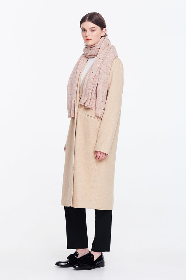Beige scarf photo 4 - MustHave online store