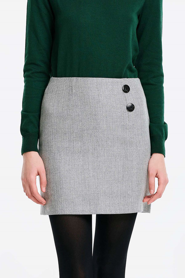 Skirt with a herringbone print and buttons photo 1 - MustHave online store