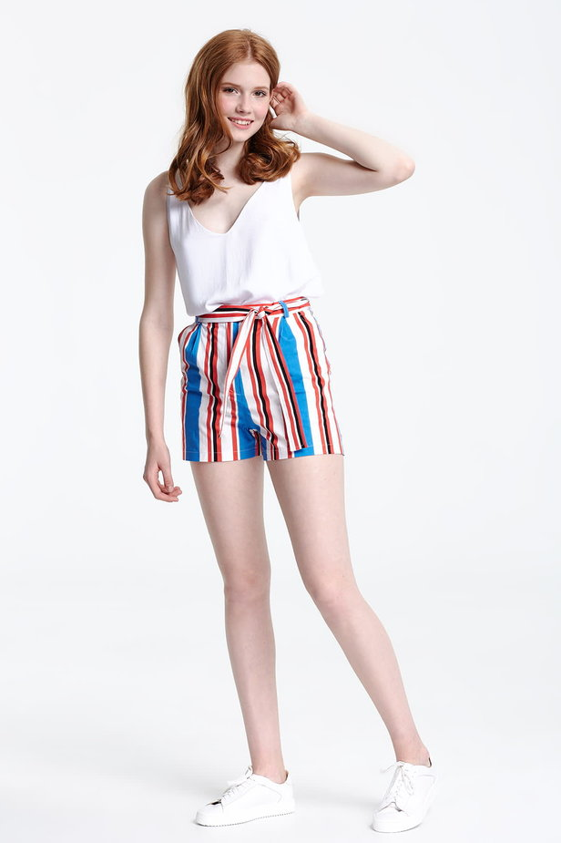 Shorts with blue and red stripes photo 2 - MustHave online store