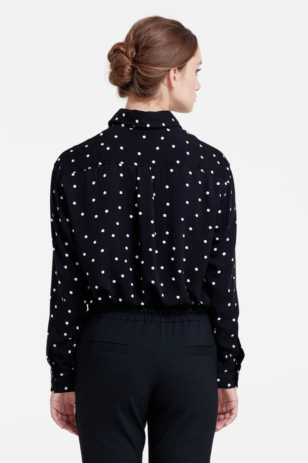 Black shirt with a white polka dot print photo 4 - MustHave online store