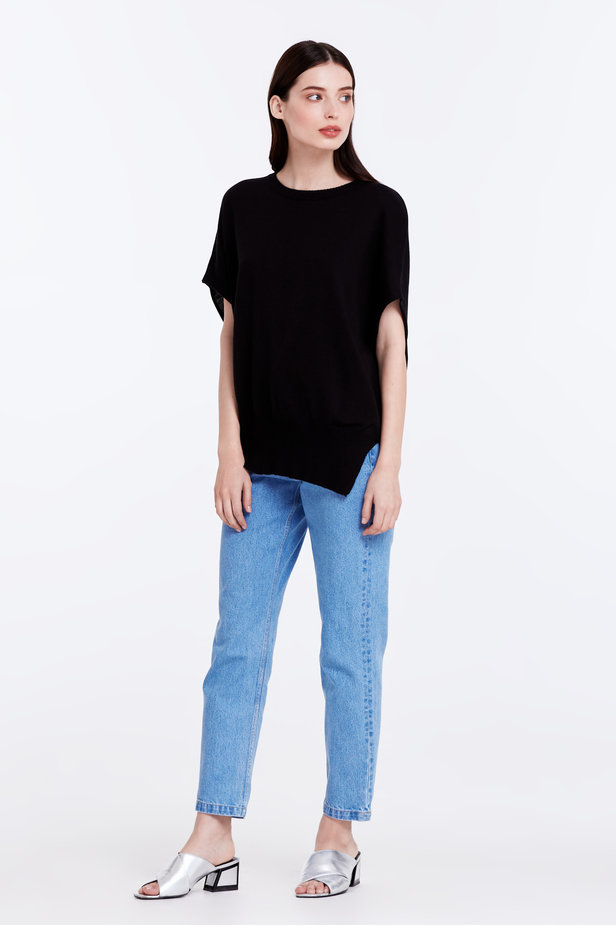 Black top photo 2 - MustHave online store