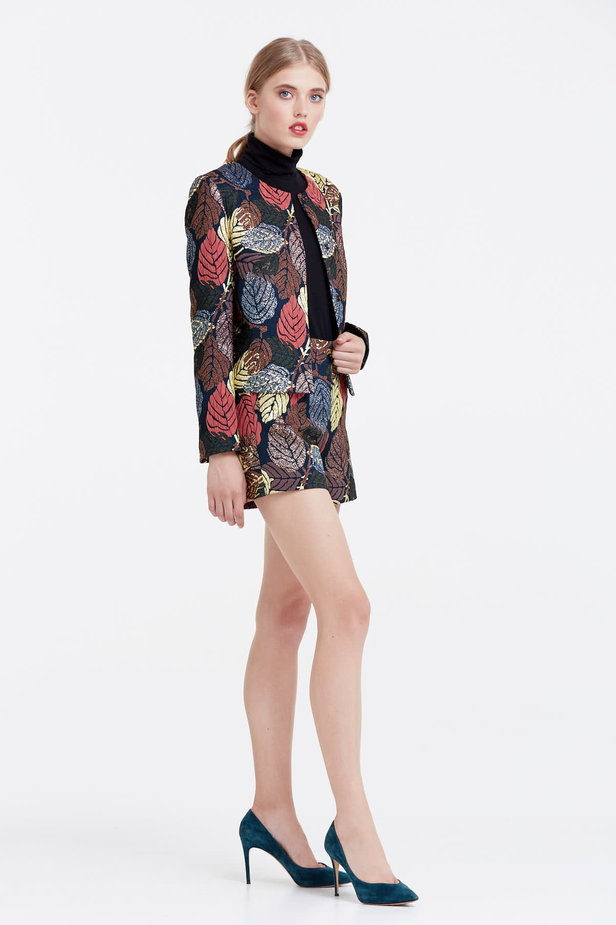 Short jacket with golden leaves photo 5 - MustHave online store