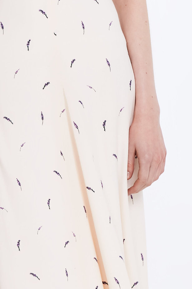 Midi peach-colored skirt with a lavender print photo 2 - MustHave online store