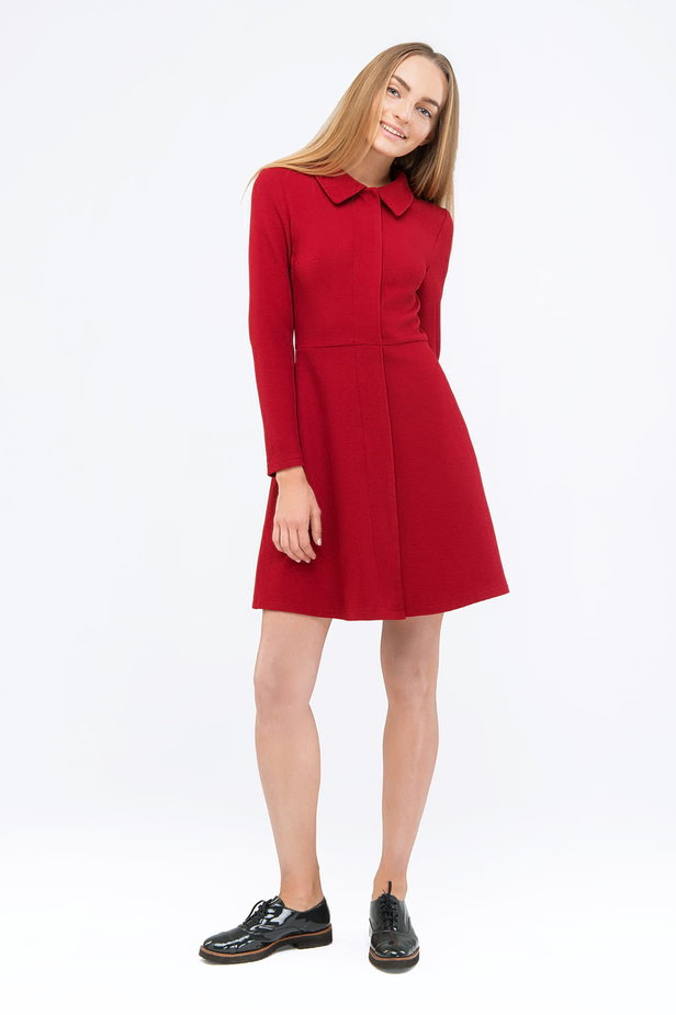 Red mini dress with a concealed placket photo 2 - MustHave online store