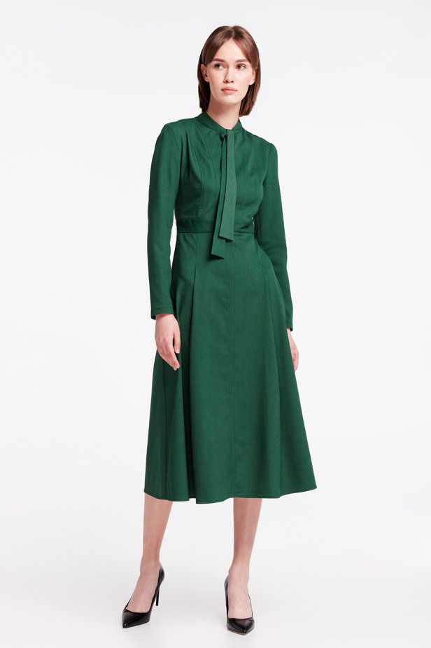 Green dress with a bow photo 2 - MustHave online store
