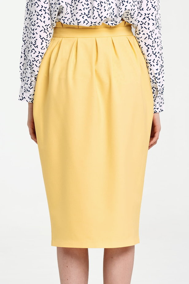Yellow skirt with buttons and ruffles on the belt photo 4 - MustHave online store