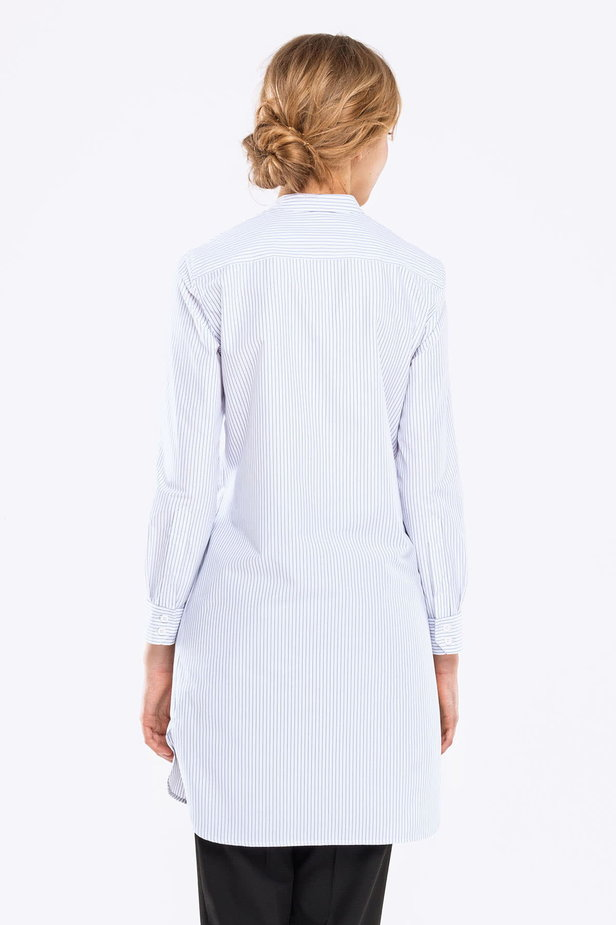Long white shirt with blue stripes photo 4 - MustHave online store