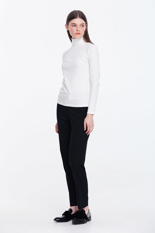 Milky polo neck photo 2 - MustHave online store