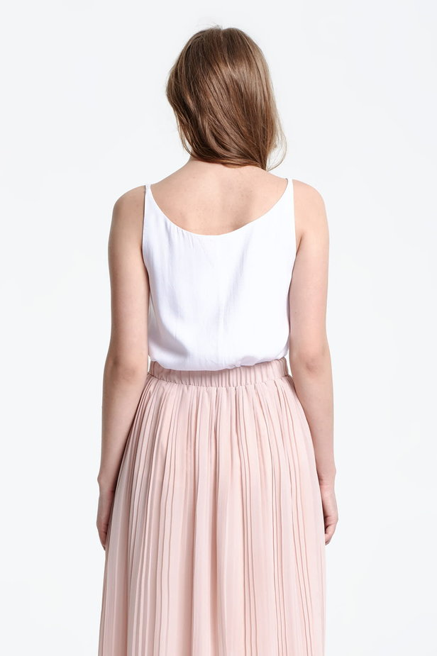 White top with a low neckline photo 4 - MustHave online store