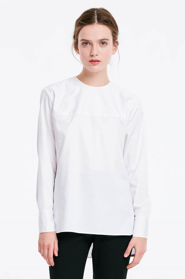 Asymmetrical white shirt photo 1 - MustHave online store