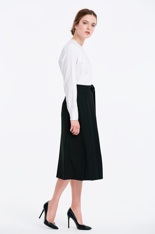 Wrap black skirt with a belt photo 3 - MustHave online store