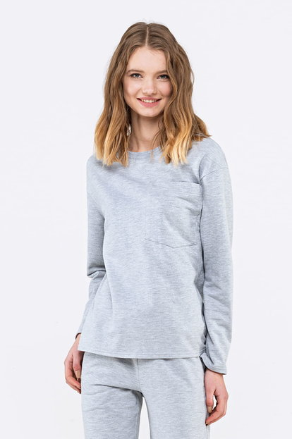 Grey jumper with a pocket