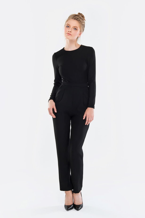 Black jumpsuit photo 1 - MustHave online store