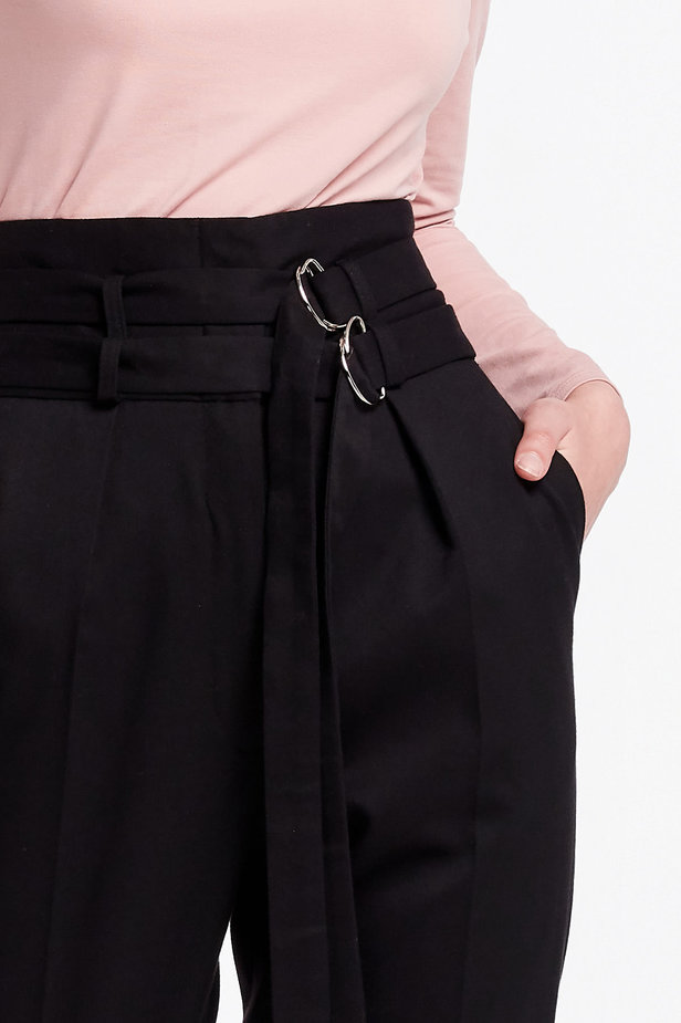 High-waisted black pants photo 2 - MustHave online store