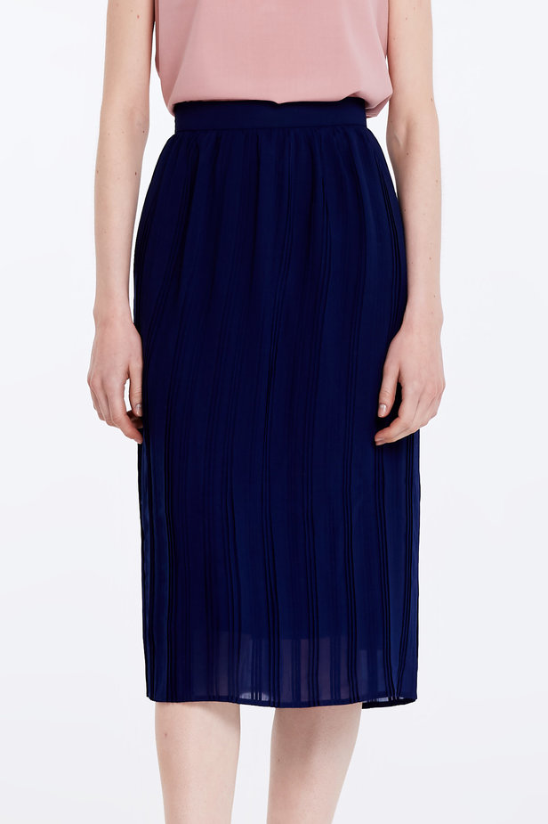 Below the knee pleated dark blue skirt photo 1 - MustHave online store