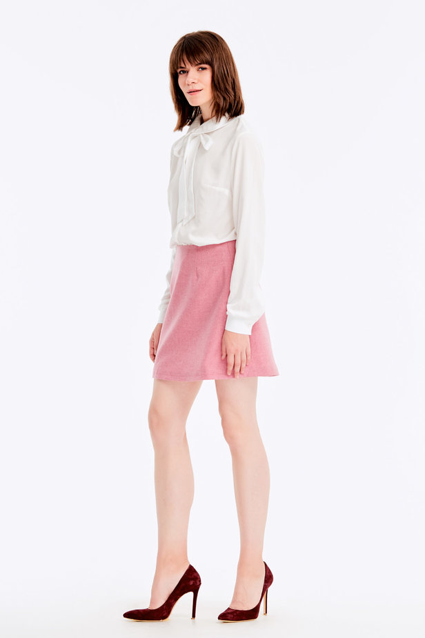 Mini skirt with pink herringbone print photo 3 - MustHave online store