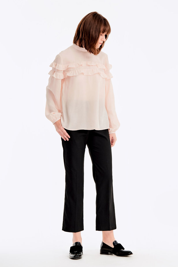 Beige blouse with ruffles photo 4 - MustHave online store