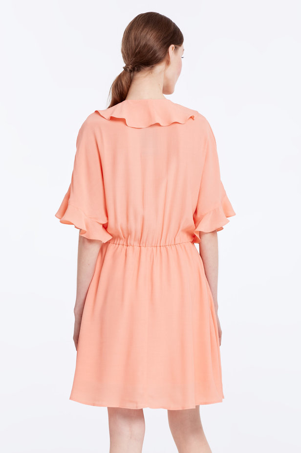 Peach-colored dress with ruffles photo 5 - MustHave online store