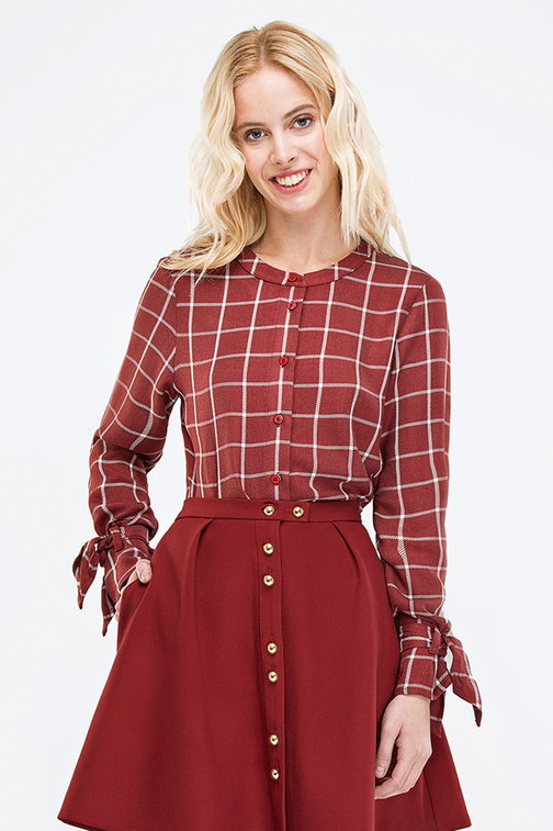 Checked burgundy shirt with bows on the sleeves