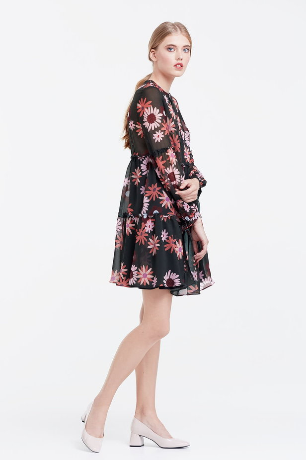 Dress with a floral print, flounces and ties photo 6 - MustHave online store