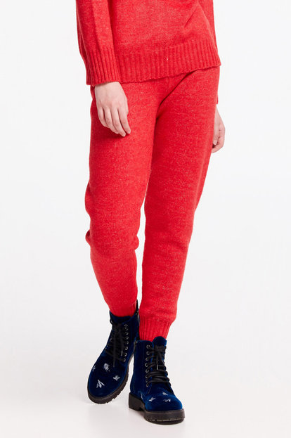 Red knit pants