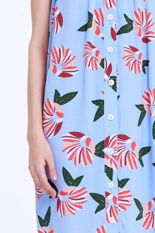 Blue sundress with a floral print and buttons photo 2 - MustHave online store
