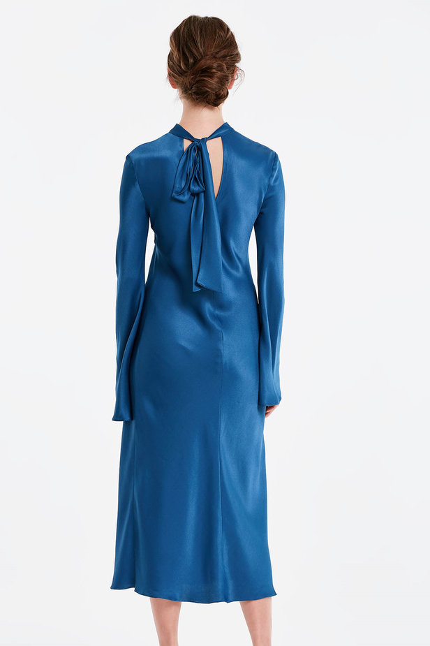 Blue dress with a bow at the back and flared sleeves photo 3 - MustHave online store
