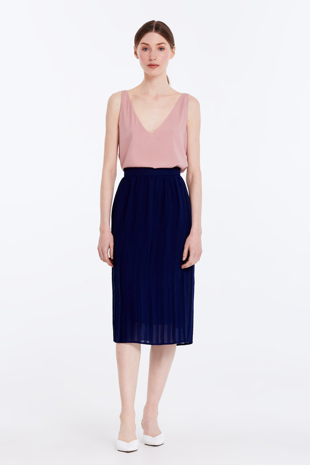 Below the knee pleated dark blue skirt photo 2 - MustHave online store