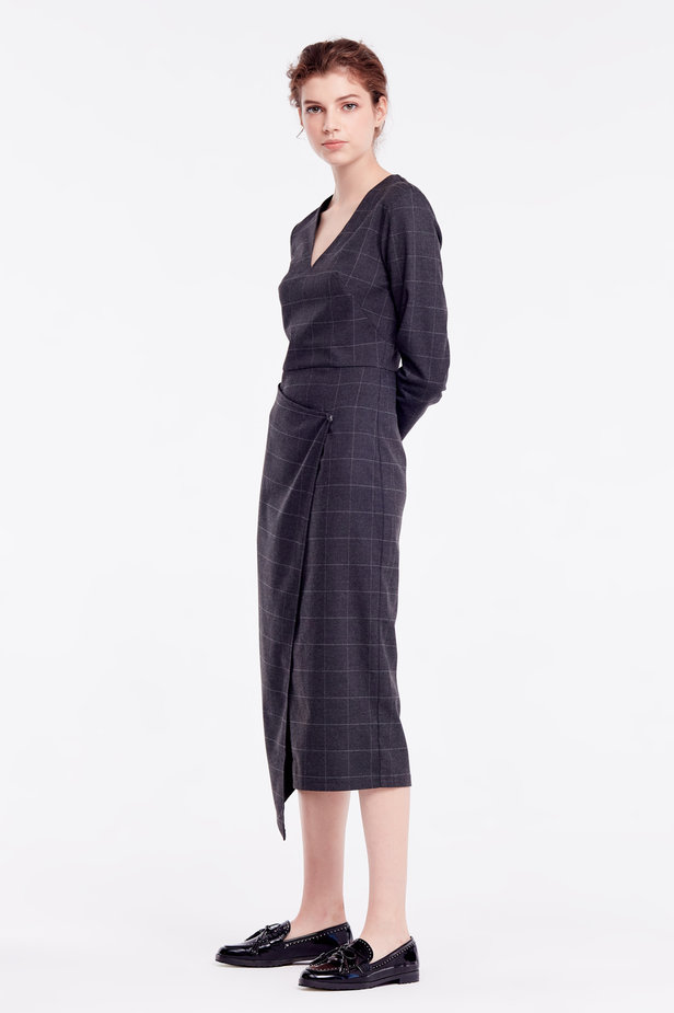 Wrap grey checkered midi dress photo 4 - MustHave online store